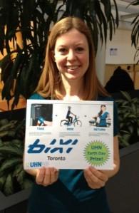 Deanna wins a BIXI membership at Toronto Western Hospital
