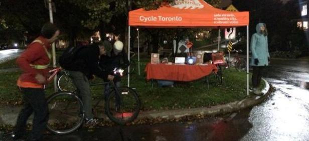Cycle Toronto GET LIT