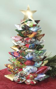 Card Tree! Image credit: craftsnthings.com