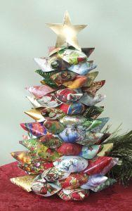 Card Tree! Image credit: craftsnthings.com
